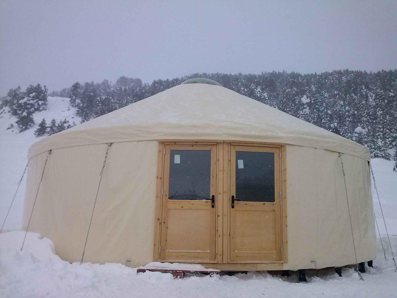 yurta nieve